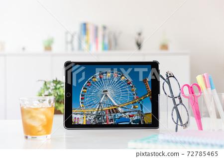 在線遊覽在便攜式計算機上的美國聖莫尼卡的摩天輪屏幕 72785465