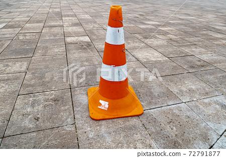 Plastic cone parking limiter. 72791877