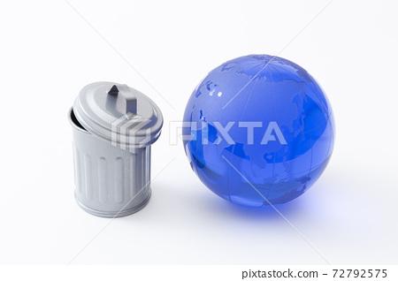回收站和地球 72792575