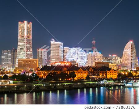Yokohama red brick warehouse and Minatomirai 21 night view 72863376