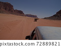 [喬丹]阿卡巴(Akaba),在大沙漠瓦迪拉姆沙漠中行駛的陸地巡洋艦 72889821
