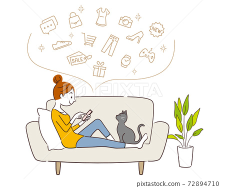 Vector illustration material: A woman shopping online on her smartphone 72894710