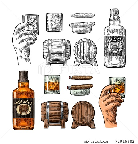 Whiskey glass with ice cubes, barrel, bottle and cigar. 72916382