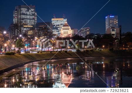 《東京》長田町國會大廈的夜景 72923621