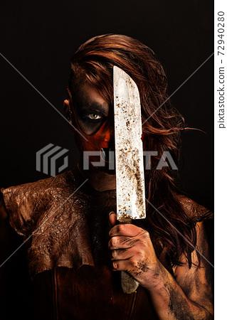 knife, woman, female 72940280