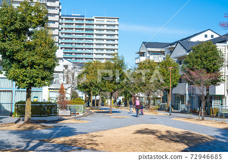 도쿄 살기 좋은 환경이 정비 된 도시 다마 뉴타운 72946685
