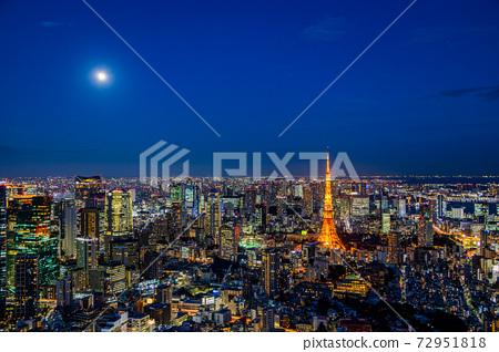 Full moon night Tokyo, cityscape, Tokyo Tower 72951818