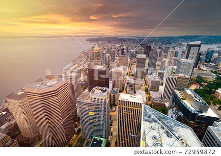Seattle, Washington, USA Rooftop Skyline 72959872