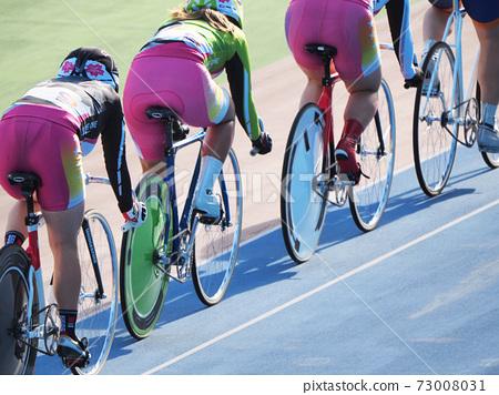 自行車比賽女孩女孩自行車賽跑比賽 73008031