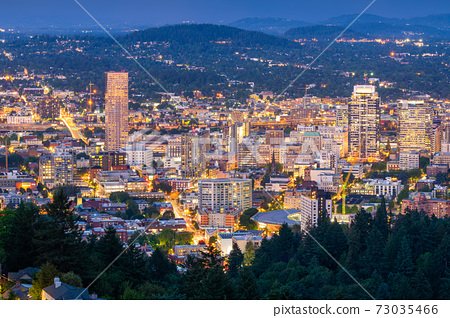 Portland, Oregon, USA Downtown 73035466