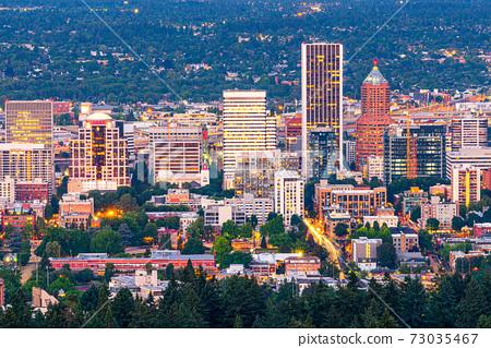 Portland, Oregon, USA Downtown 73035467