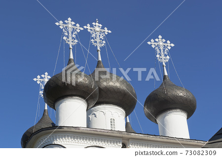 Domes Church of the Saviour Merciful in the town Belozersk 73082309