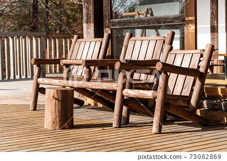木甲板和木製家具 73082869