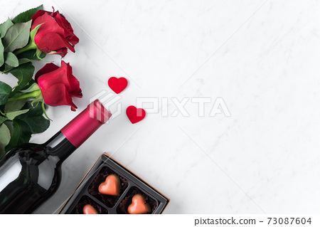 情人節 大餐 紅酒 玫瑰 禮物盒 Valentine Day Wine Gift バレンタイン 73087604