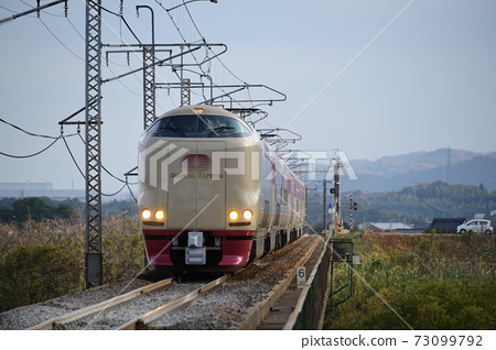 睡火車 73099792