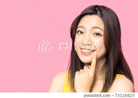 女性牙科保健圖片潔白的牙齒口腔護理 73120823