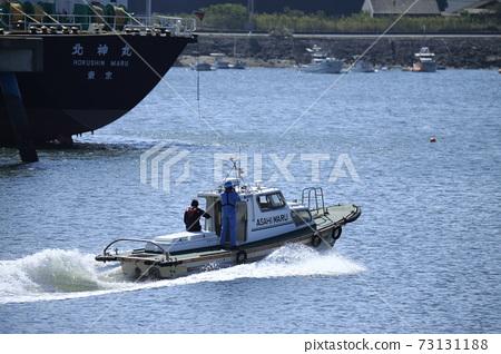 오무 타시 미이케 항 출항하는 배, 73131188