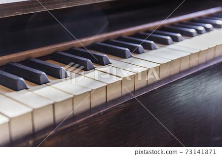 小学风琴风琴键盘乐谱 73141871