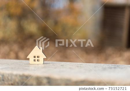작은 나무의 집 73152721