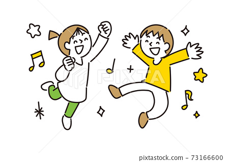 女孩和男孩隨著音樂開心地跳舞 73166600
