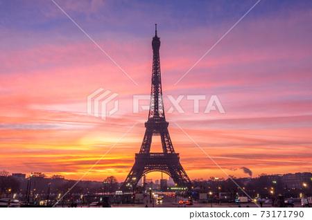Beautiful view of famous Eiffel Tower in Paris, France. Paris Best Destinations in Europe. 73171790
