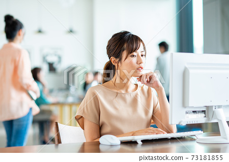 辦公室業務女人 73181855
