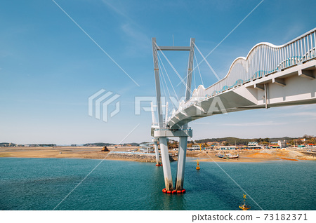 kkotge(Blue crab) bridge at BaeksaJang port in Anmyeondo Island, Taean, Korea 73182371