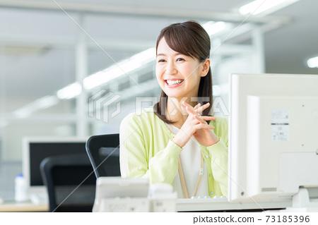 辦公室業務女人 73185396