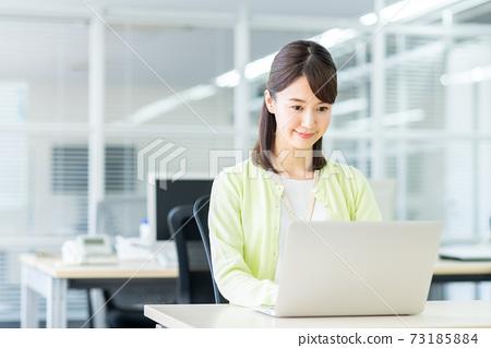 辦公室業務女人 73185884