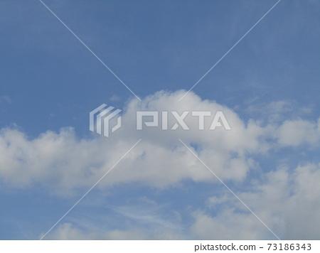 十二月藍天白雲 73186343