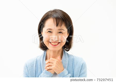 Senior woman with a smile 73207451