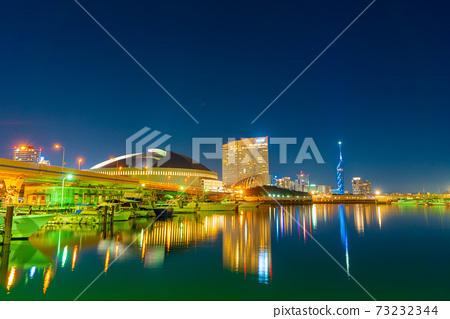 朝向PayPay Dome /福岡塔的夜景 73232344
