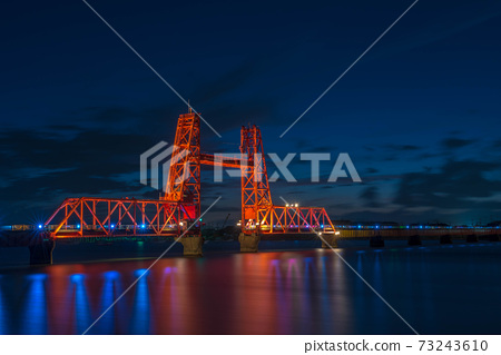 Twilight lift bridge 73243610