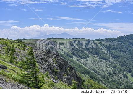 여름 우쓰 쿠시가하라 고원 알프스 전망 코스보다 멀리 蓼科山 희망 73255506