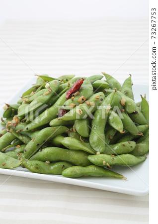 마늘 볶음 구운 완두콩 보더 크로스 73267753