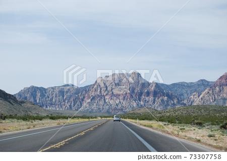 從拉斯維加斯到紅岩峽谷的路 73307758