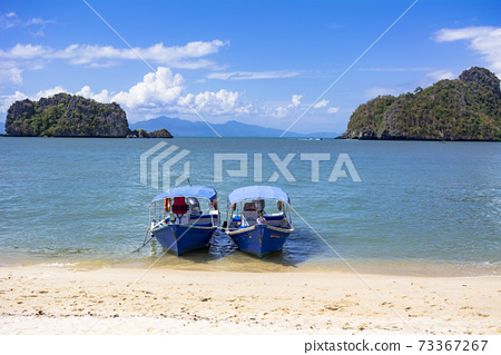 蘭開島上美麗的大海 73367267