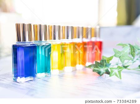 色彩療法瓶 73384289