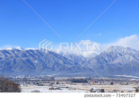 冬天安曇野和北阿爾卑斯山 73407327