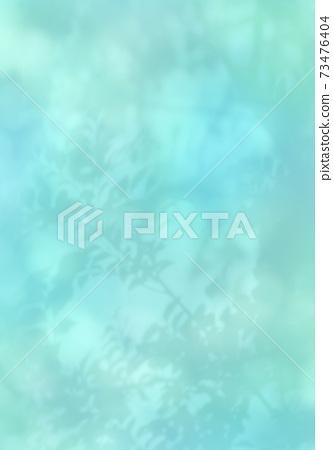 清新的綠色輪廓在早春的柔和光線中搖曳 73476404