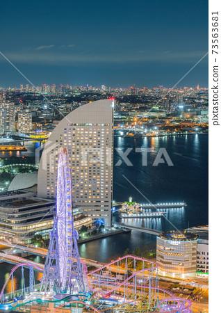橫濱地標塔下午東京灣遊樂園船天空雲傍晚海上日期城市港未來 73563681