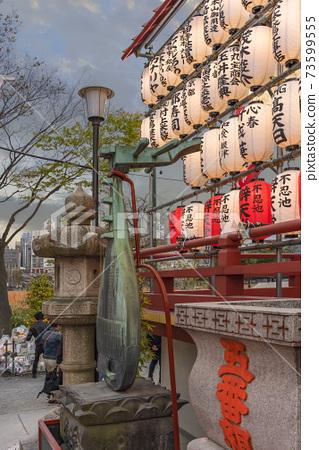 [東京上野]金榮寺本天堂的琵琶座青銅紀念碑 73599555