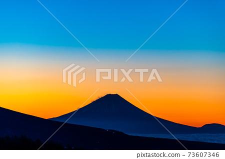 從長野縣Kirigamine金星線看到的清晨冬季風光 73607346
