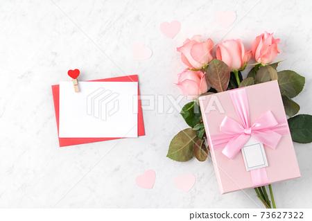情人節 花束 玫瑰花 禮物 卡片 Valentine's Day gift バレンタイン 73627322