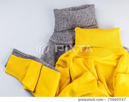 Fashion flat lay gray yellow turtle neck match 73660547