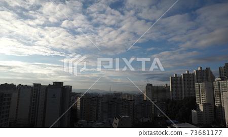 도시 풍경 73681177