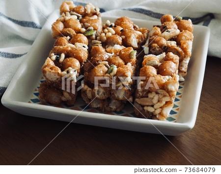 한국의 전통음식 강정, 한과 73684079