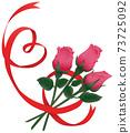 紅色的心形絲帶和粉紅玫瑰 73725092