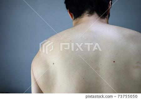 裸體男人回特寫 73755050