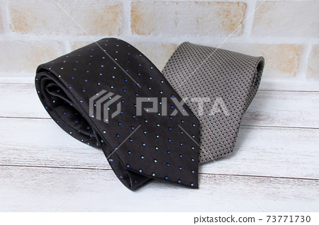 Ties, clothing, suits, men, businessmen, business, clothing, fashion 73771730